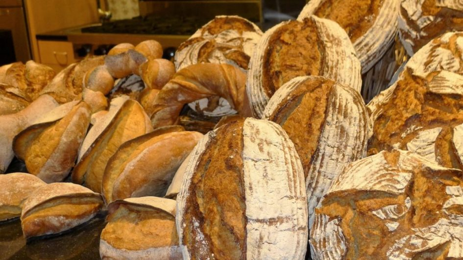 JWU Bakes Up New Ideas in Global Bread Symposium