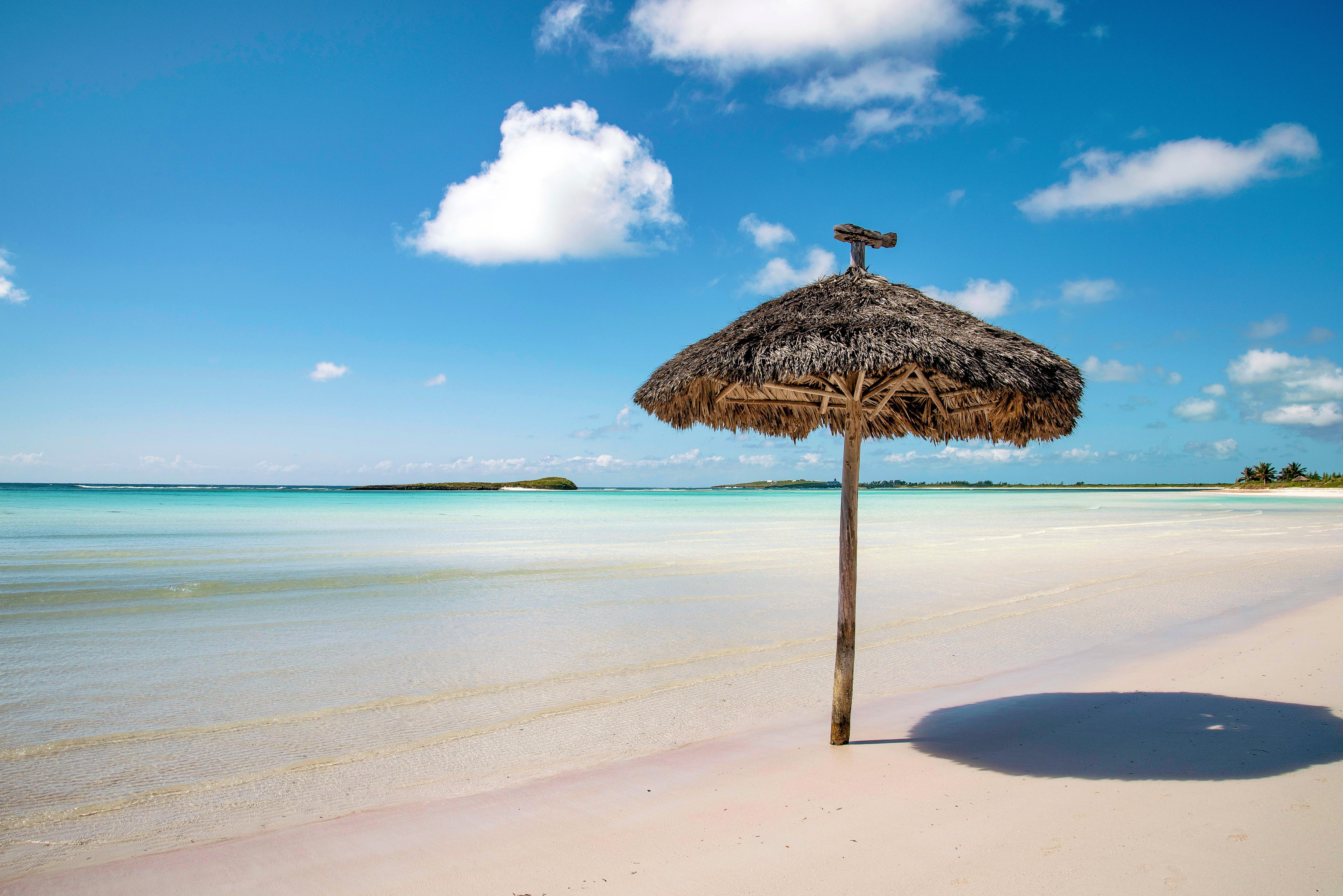 CRAVEABLE CAROLINAS – Bahamian Rhapsody