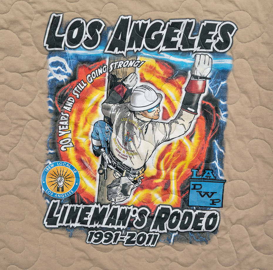 DUKE ILLUMINATION – Rodeo Lineman Lassos Quilt