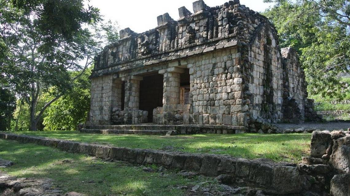 CHARLOTTE OBSERVER – Yucatan's Quite Side