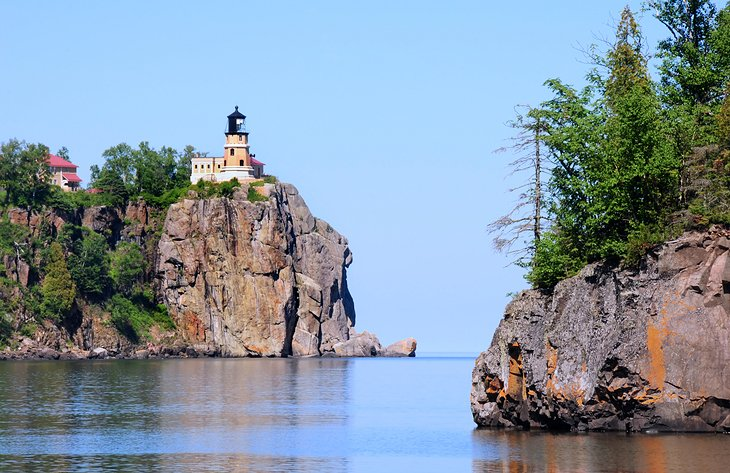 PLANETWARE – Twelve Top-Rated Attractions in Duluth, Minnesota