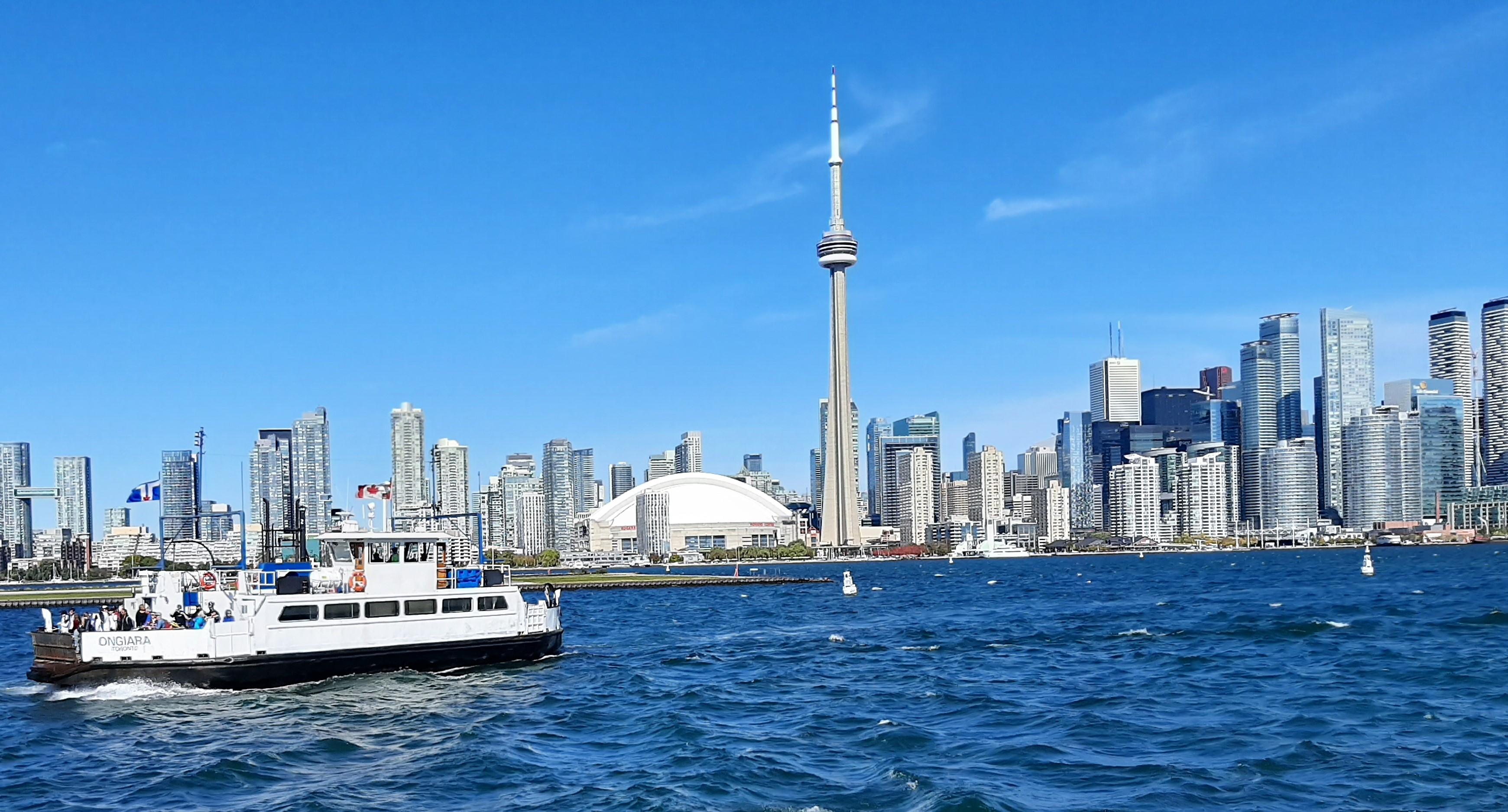CRAVEABLE CAROLINAS – Toronto Unfettered